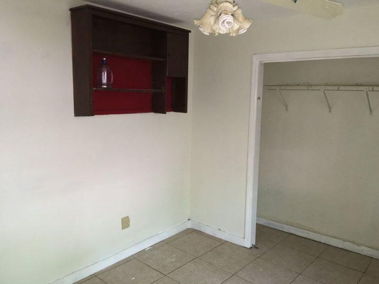 Interior Paint 32